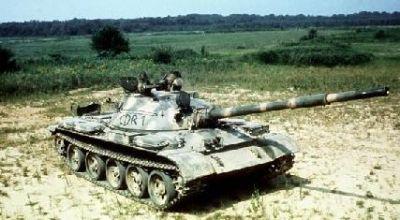 مضادات الدبابات السورية في حرب 1982 Astk_sa_t-62